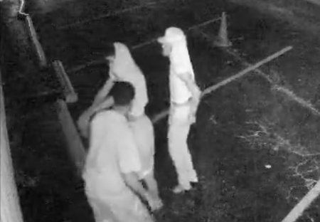 Tomball PD Looking For Burglary Suspects